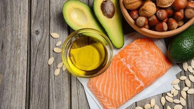 fats during muscle mass diet